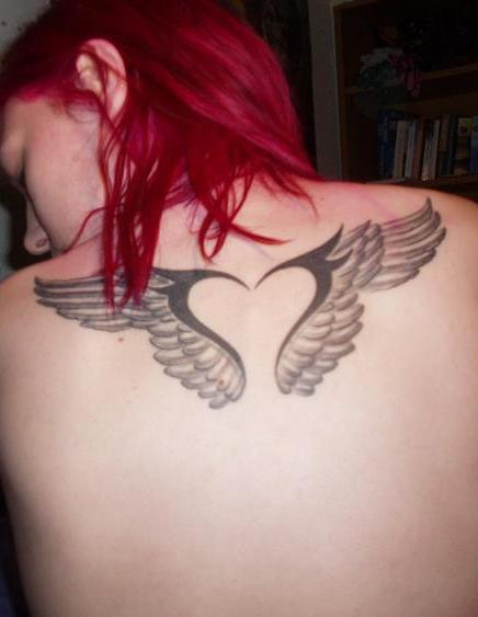 Small Angel Wings Tattoo On Upper Back For Girls photo - 2