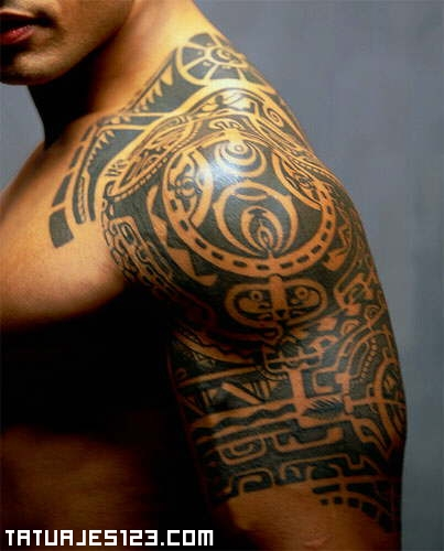 Tribal Crescent Moon Tattoo For Chest photo - 3