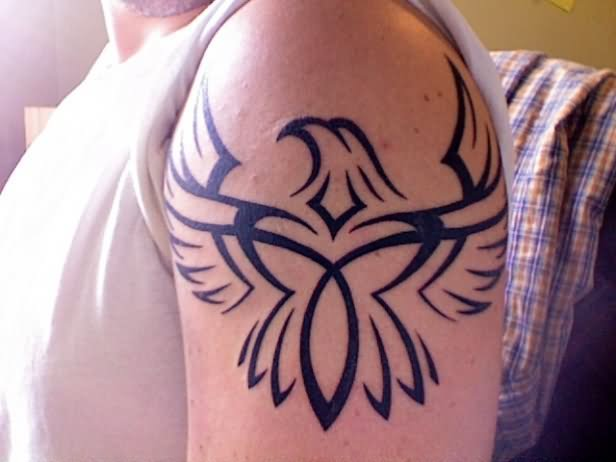 Tribal Eagle Head Tattoo On Shoulder photo - 2