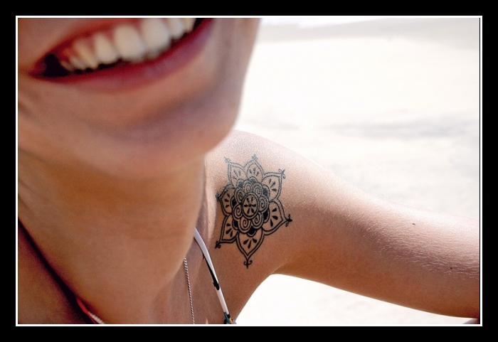 Tribal Flower Tattoo For Women On Shoulder photo - 3