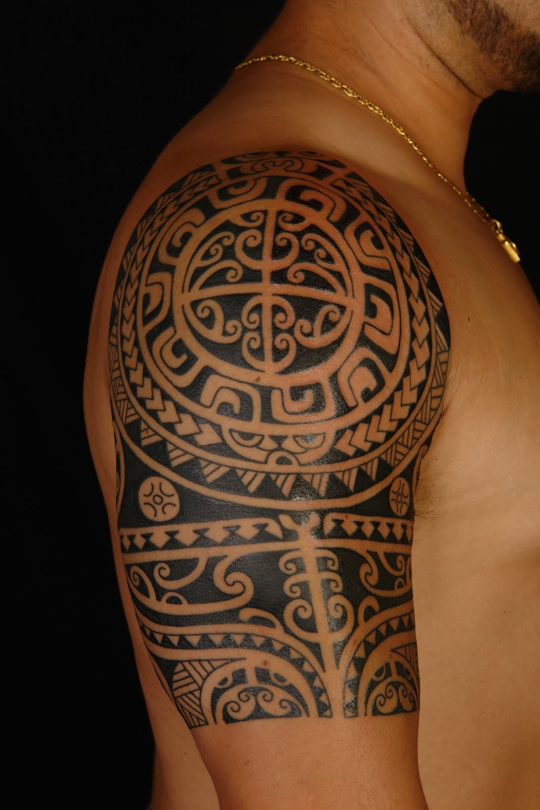 Tribal Moon And Wolf Tattoos On Right Back Shoulder photo - 2